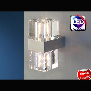 Aplique de pared 2 luces Cubic.   SCHULLER