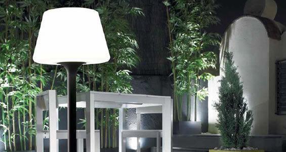 Leds c4 lampara de pie exterior portatil moonlight for Moonlight iluminacion